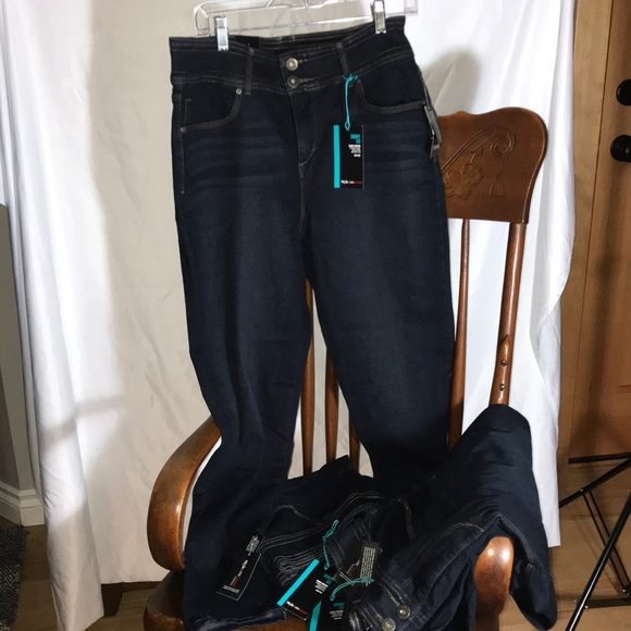 Style & Co Denim - Style & Co Denim Woman Skinny Leg High Rise Jeans